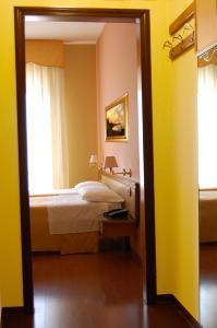 Hotel Ristorante Donato, Hotel  Calvizzano - big - 27