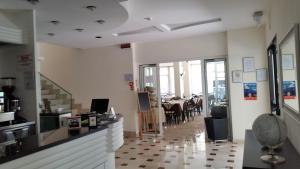 Hotel Tosi, Hotels  Riccione - big - 41