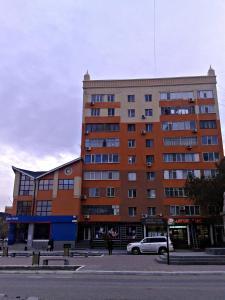 Apartment On Abulkhair-Khana 64, Apartments  Aqtöbe - big - 1