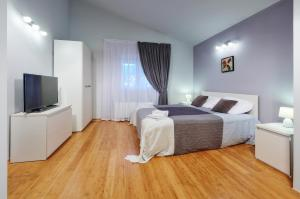 Apartments Villa FourTuna, Апартаменты  Бар - big - 21