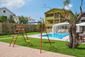 Apartments Villa FourTuna, Апартаменты  Бар - big - 1