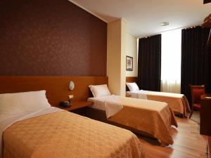 Hotel Austria, Hotel  Tirana - big - 4