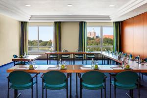 IntercityHotel Stralsund, Hotely  Stralsund - big - 13