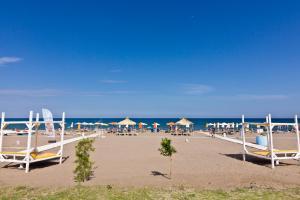 Beach Break, Aparthotely  Faliraki - big - 31