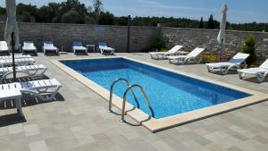 Apartments & Rooms Villa Adamovic