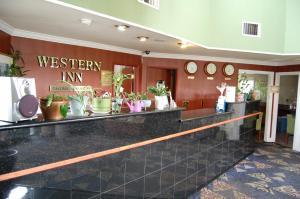Western Inn Lakewood, Motels  Lakewood - big - 26