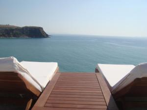 Ionian View, Apartments  Himare - big - 1