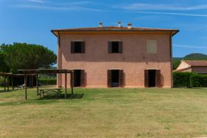Tenuta Agricola dell'Uccellina, Farm stays  Fonteblanda - big - 77