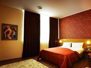 Hotel Austria, Hotel  Tirana - big - 6