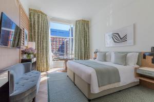 Habitación Doble Premier con balcón - 1 cama grande
