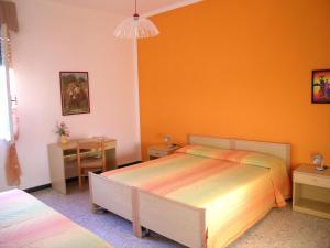 Doppel-/Zweibettzimmer mit Gemeinschaftsbad