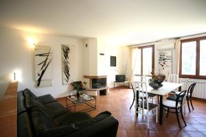 Residenze Revolution Capalbio - AbcAlberghi.com