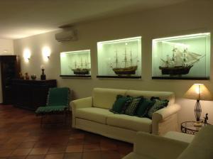 I Tre Velieri - The Three Ships - AbcAlberghi.com