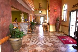 Gateway Inn and Suites, Hotel  Salida - big - 42