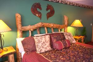 Gateway Inn and Suites, Отели  Салида - big - 23