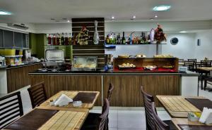 Monte Serrat Hotel, Hotel  Santos - big - 69
