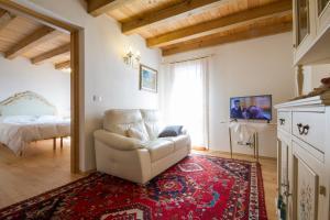 Casa Ursic, Case vacanze  Grimacco - big - 12