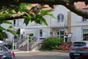 Hotel Le Relais des Champs, Отели  Eugénie-les-Bains - big - 29