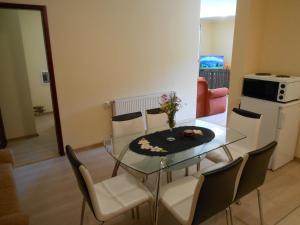 Apartment Mladenovic, Apartmány  Zlatibor - big - 6