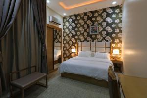 Dorrah Suites, Aparthotels  Riad - big - 48