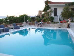 Villa Madeleine, Апартаменты  Неа-Фокия - big - 20