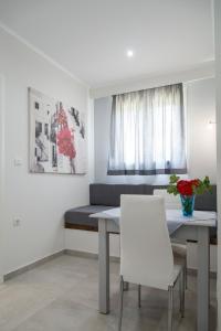 Byron Apartments, Apartmanok  Tingáki - big - 55