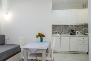 Byron Apartments, Apartmanok  Tingáki - big - 53