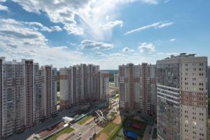 Izumrudnye Holmy 1, Apartmanok  Krasznogorszk - big - 19