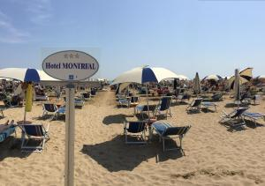 Hotel Montreal, Hotely  Bibione - big - 67