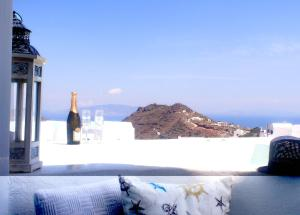 Athiri Santorini Family Friendly Hotel