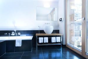 Firefly Luxury Suites, Hotely  Zermatt - big - 9