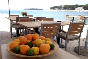 Guest House Adria, Bed and Breakfasts  Primošten - big - 16