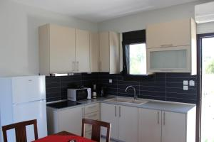 Housing Pefkos, Apartmány  Nea Fokea - big - 79