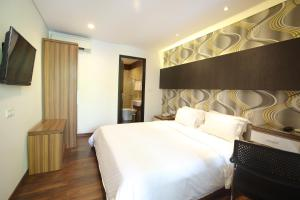 Dago Teuku Angkasa 14, Guest houses  Bandung - big - 18