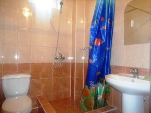 Guest house Limani on Chernomorskaya, Affittacamere  Divnomorskoye - big - 9