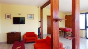 Villa Panoramica Belvedere, Apartmanok  Scontrone - big - 19
