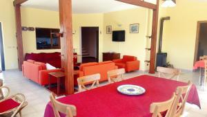 Villa Panoramica Belvedere, Appartamenti  Scontrone - big - 20