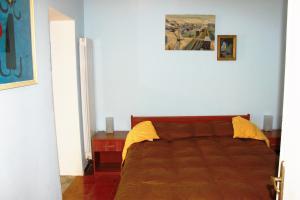 Villa Panoramica Belvedere, Apartmanok  Scontrone - big - 23