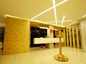 OYO 4491 George's The Royal Suite Residency, Hotel  Sultan Bathery - big - 10