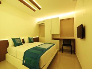 OYO 4491 George's The Royal Suite Residency, Hotel  Sultan Bathery - big - 18