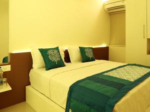 OYO 4491 George's The Royal Suite Residency, Hotel  Sultan Bathery - big - 22