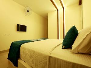 OYO 4491 George's The Royal Suite Residency, Hotel  Sultan Bathery - big - 24