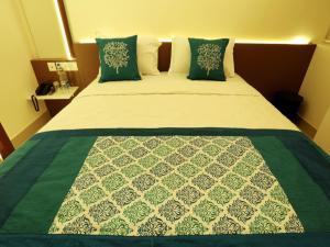 OYO 4491 George's The Royal Suite Residency, Hotel  Sultan Bathery - big - 21