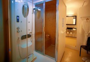Azzurro Suites, Apartmánové hotely  Fira - big - 24