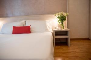 Hotel Lis, Hotely  Asti - big - 119