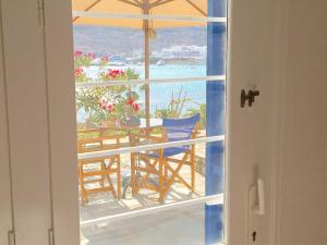 Only yours , Mykonos, Apartments  Paraga - big - 59