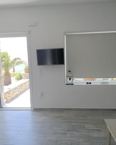 Only yours , Mykonos, Apartments  Paraga - big - 11