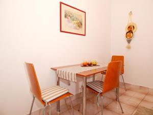 Apartments Fumić, Ferienwohnungen  Mandre - big - 4