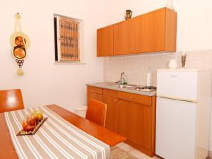 Apartments Fumić, Ferienwohnungen  Mandre - big - 7