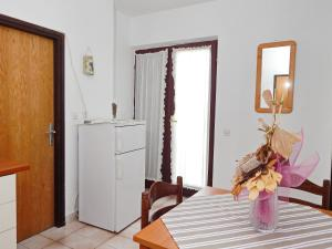Apartments Fumić, Ferienwohnungen  Mandre - big - 34